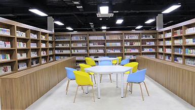 学校阅览室